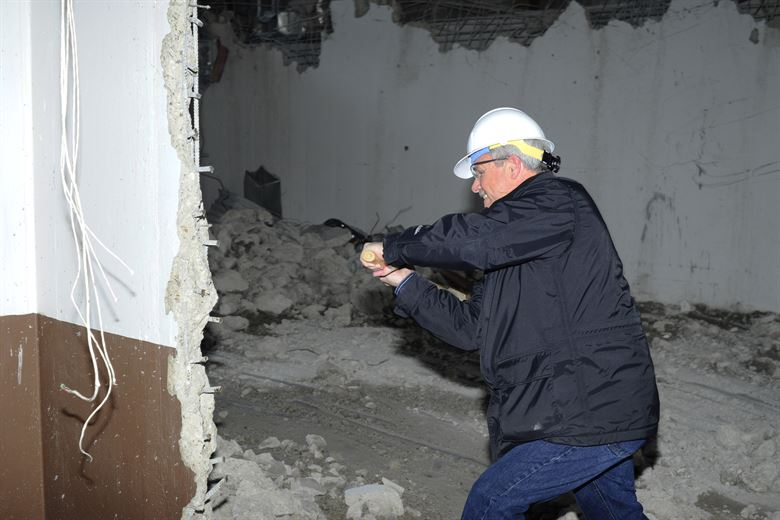 Demolishing of internal walls