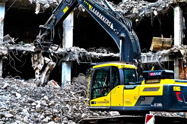 demolition contractor in Hoffman Estates