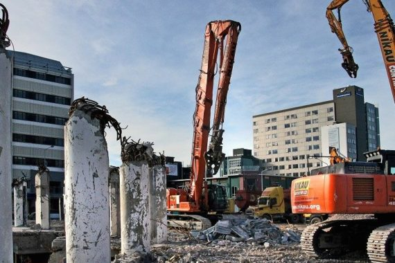 Selective demolition projects cost