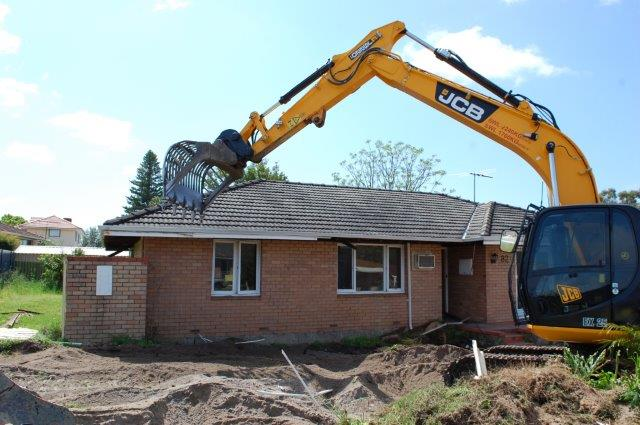 Comprehensive small building demolition services